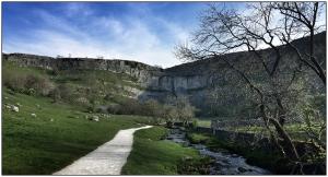 Malham-Cliff