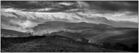 peak-district-bw