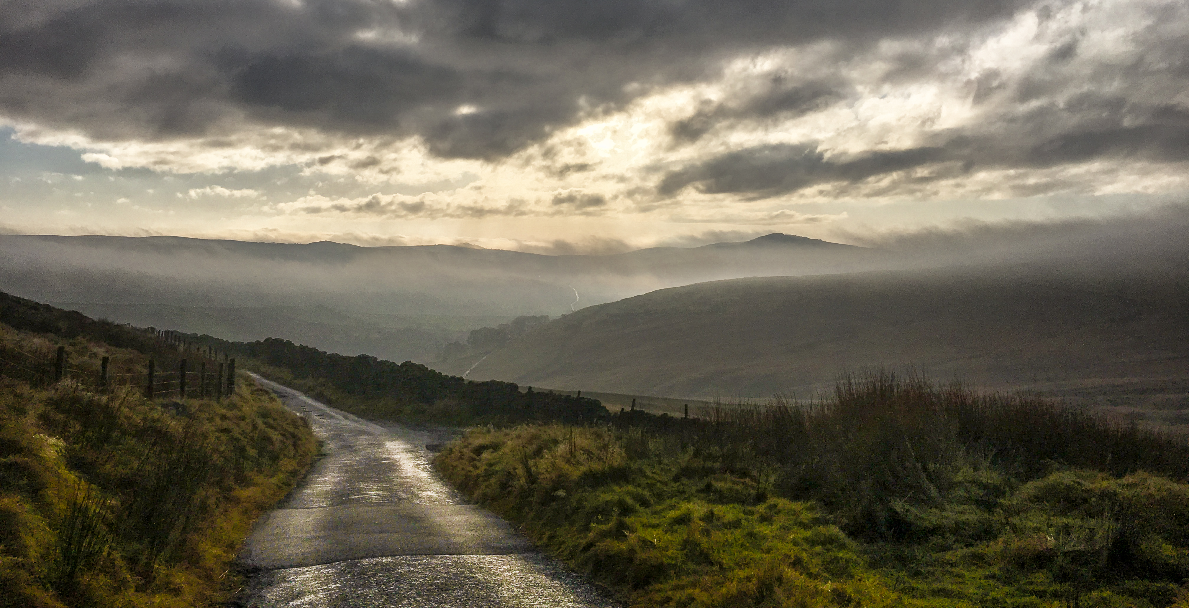 road-across-the-misty-valley